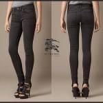 jeans-donna-burberry-carteggiati